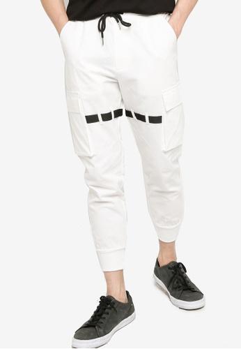 ZALORA BASICS white Utility Jogger Pants with Multi Pockets 0FAC7AA377A588GS_1
