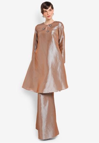 Zaimi Zulkafli for ZALORA brown Khatijah Luxe Kurung ZA761AA0STJ2MY_1