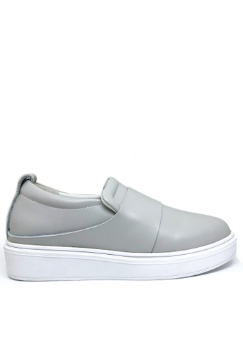 Twenty Eight Shoes grey Modern Style Leather Slip-ons 2018-8 91461SH69410BAGS_1