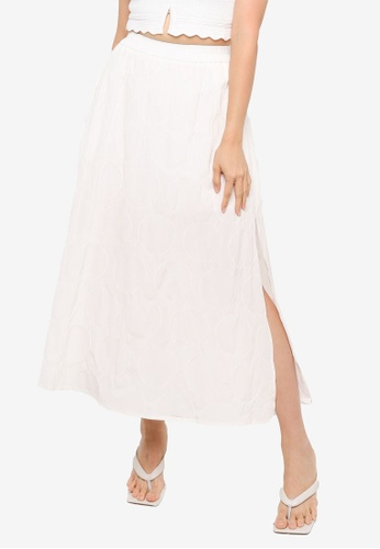 Urban Revivo white Textured Midi Skirt 507D9AAE2167A5GS_1