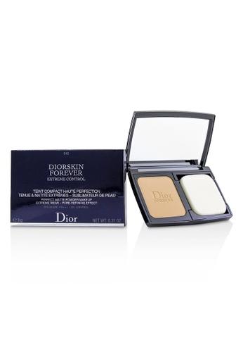 christian dior CHRISTIAN DIOR - Diorskin Forever Extreme Control Perfect Matte Powder Makeup SPF 20 - # 040 Honey Beige 9g/0.31oz 0A4B1BE8ECAE15GS_1