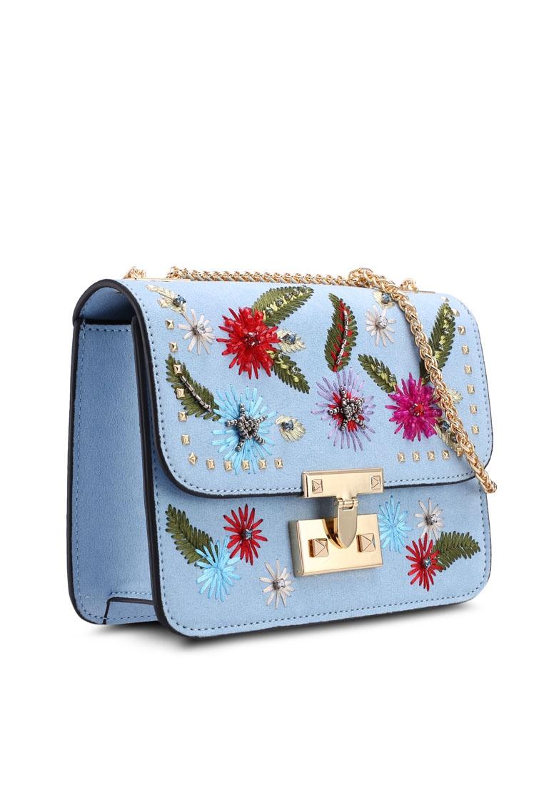 c3028e3df3 ... Chloe Blue Crossbody Friday Black Bag Floral TOPSHOP q1pqxB4v ...