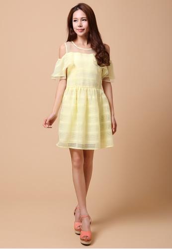 Les Premieres Yellow Mesh Top Off Shoulder Dress Le263aa65vxehk 1