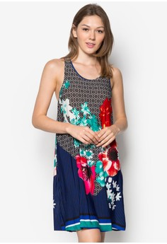 Macaua Dress