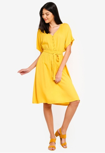 ZALORA yellow Button Detail Fit And Flare Dress 9AC30AA0E5D069GS_1