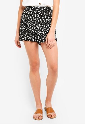 Cotton On black Maya Flirty Shorts D9CCEAACF8CF16GS_1