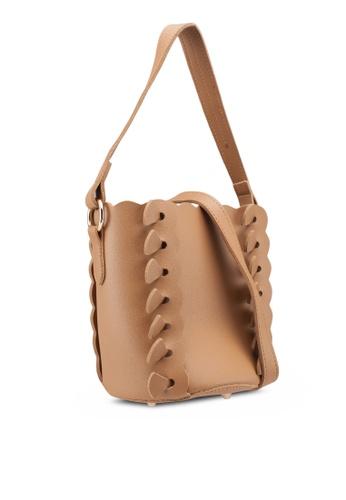 Berrybenka brown Sita Octa Bucket Bag 287CFAC2AEFF9DGS_1