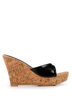 c13a5b0eb70 Heatwave black Cork Midsole Wedges D8F4CSHD1D3168GS 1