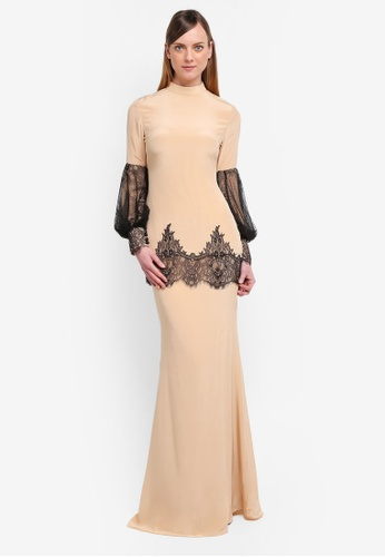 YADOTSA for ZALORA black and beige Llana Puff Sleeve Lace Kurung YA729AA0STHAMY_1