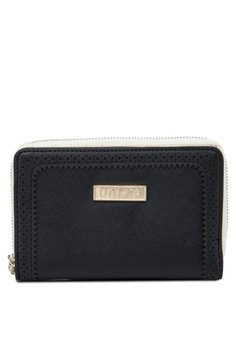 Perforated Facile Edge Medium Ladies Zip-Up Clutch Wallet