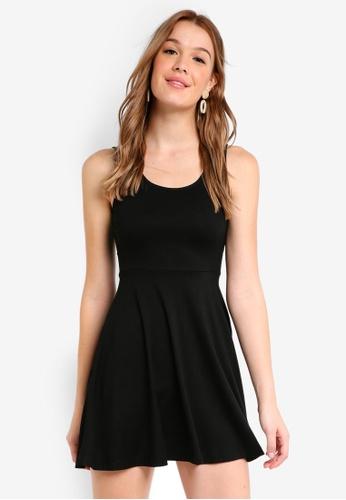 ZALORA BASICS black Basic Fit and Flare Dress 5EFB2AAF41FE35GS_1
