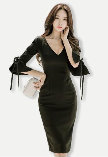 Sunnydaysweety black F/W Black 1/2 Flared sleeves V-Neck DressUA102315BK-NEW E744CAA511F1F8GS_1