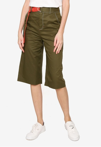 Hopeshow green Knee Length Flare Shorts with D-ring Belt 91250AA8BCD315GS_1