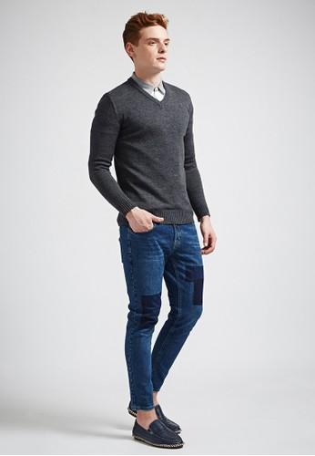 簡約經典V領針織衫-MIT-03623-深花灰, 服飾, esprit home 台灣外套