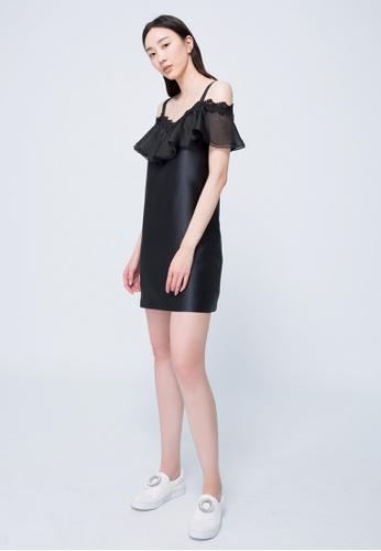 iROO black Ruffle Dress D1599AAE2DD4CCGS_1