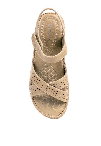 Jual BETTINA Bettina Sandals Brenna - Beige Original | ZALORA Indonesia ®