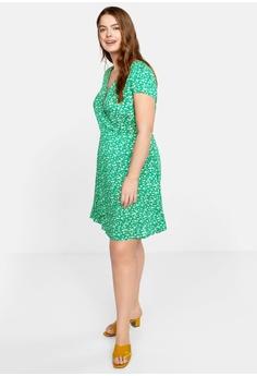 2139cbd7ac 10% OFF Violeta by MANGO Plus Size Floral Wrap Dress RM 208.90 NOW RM  187.90 Sizes M L XL XXL