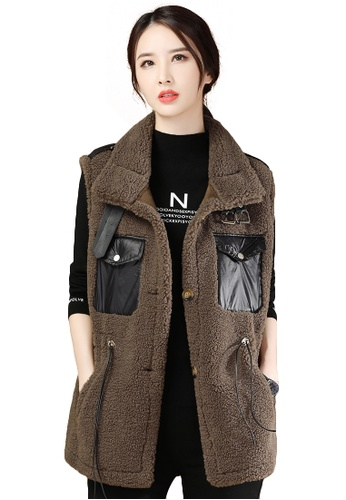 A-IN GIRLS brown Faux Lamb Wool All-Match Vest Jacket 680ACAAFC91CA1GS_1