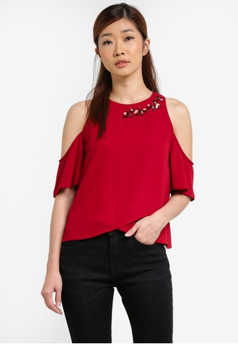 Something Borrowed red Embellished Neckline Cold Shoulder Top D4B15AA11638DAGS_1