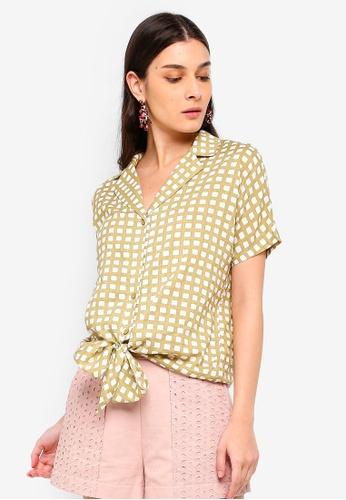 ZALORA 白色 and 米褐色 Tie Front Shirt 91FBAAA3EB46E6GS_1