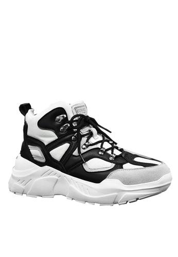 Twenty Eight Shoes beige Stylish Cow Suede Sneakers VMT1859 3133DSH61F361CGS_1