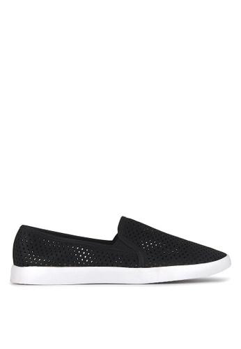 Betts black Ellroy Slip On Sneakers F32BASHF8C5422GS_1