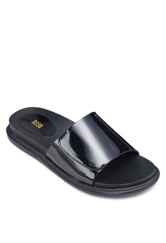 Patent Metallic Foot Bed