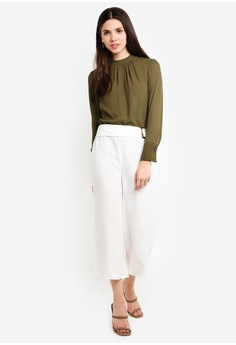 88975aec05a 50% OFF Dorothy Perkins Ivory Horn Crop HK  320.00 NOW HK  159.00 Available  in several sizes