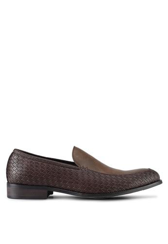 ZALORA brown Textured Slip On Dress Shoes A6393SH3EB6A5CGS_1