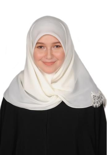 Bait Al Hijaab white SQUARE SCARF WARDAH 2BC5DAAE4AACFDGS_1