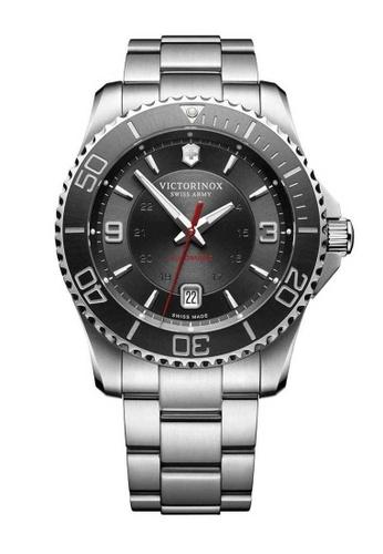 Victorinox Swiss Army silver Victorinox Swiss Army Maverick Silver Stainless Steel Watch 03065AC8DE2F58GS_1