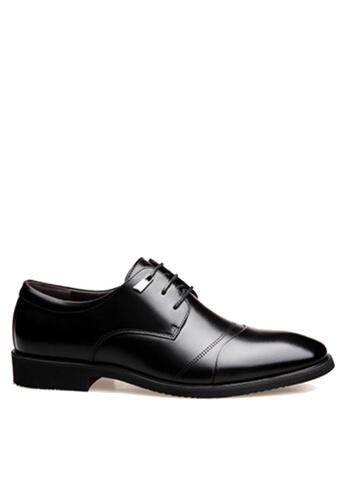 Twenty Eight Shoes 黑色 簡單冲孔商務鞋 VSM-F3688 E7474SH82AFBAAGS_1