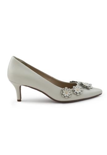 Shu Talk beige Nappa Pointed Toe Low Heels SH617SH2UXH5HK_1