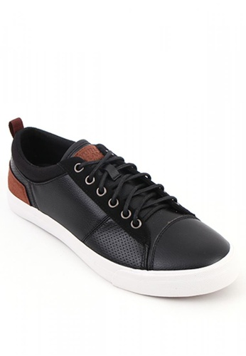 World Balance black Jaunt MS Sneakers 088A2SH0A0B625GS_1