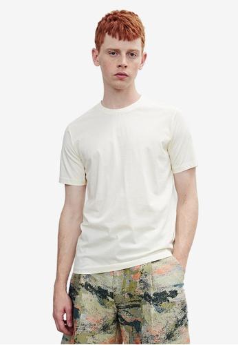 Urban Revivo white Casual T-Shirt 3ECA0AAF54A3DBGS_1