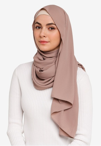 Hijabii brown Huda Chiffon Scarf in Light Brown 1409AAA0D7F7E3GS_1