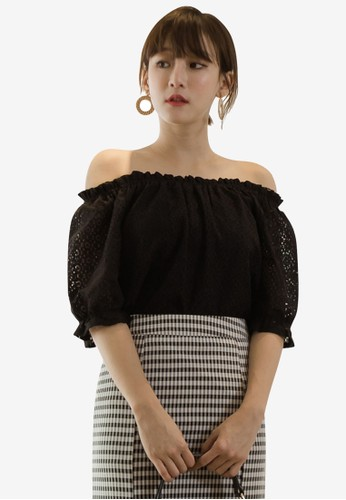 Tokichoi black Lace Off Shoulder Top 7915AAAE56D4ABGS_1