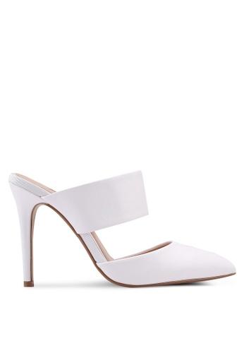 Dorothy Perkins white White Pu Georgie Court Shoes AF0D1SH7817E56GS_1