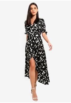 e1a2e10e204187 11% OFF AX Paris Black Wrap Around Print Midi Dress S  83.90 NOW S  74.90  Sizes 12 14