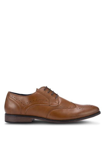 River Island brown Tan Wing Tip Crocodile Detail Brogues B9435SH7F7B123GS_1