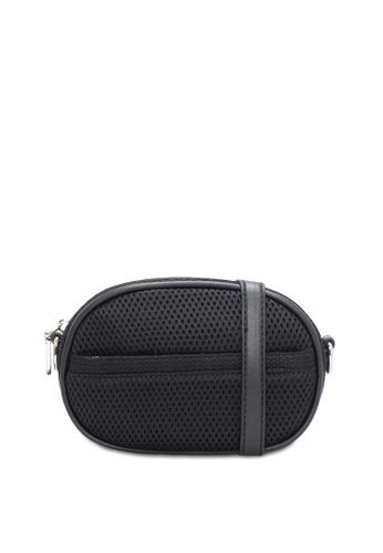 VINCCI black Shoulder Bag 8F942AC4E29227GS_1