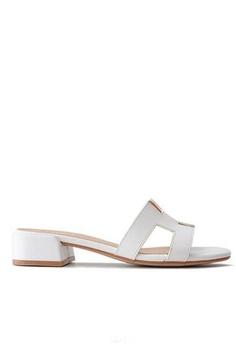 9ff5336c03 Twenty Eight Shoes Girly Flat Sandals 3376-5 32315SH6A98E51GS_1