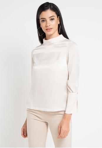 WHITEMODE beige Kassandra Blouses 00CBDAAF3E6A74GS_1