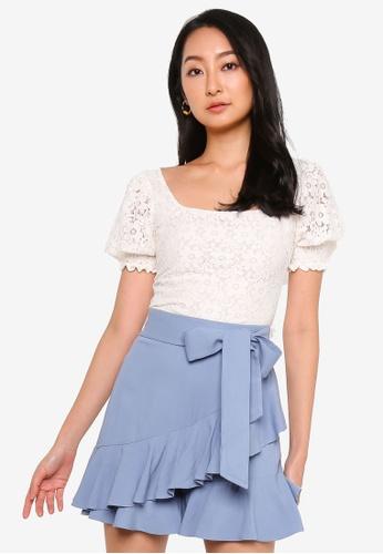 URBAN REVIVO white Lace Crop Top E505DAA0A85F77GS_1