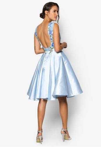 Ezalora 評價va 大挖背刺繡花卉洋裝, 服飾, 洋裝