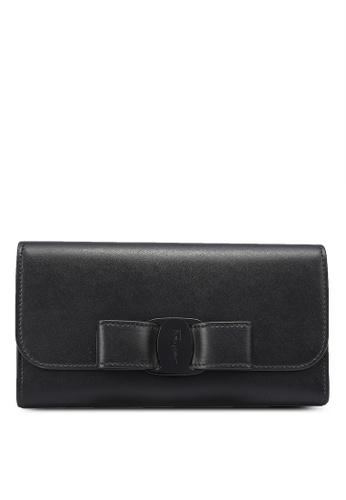 Ferragamo black Vara Bow Continental Wallet (oc) 1614AACF7CA318GS_1