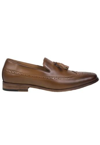 Tomaz brown Tomaz F116 Tassel Loafers (BROWN) 71DD0SH3489E22GS_1
