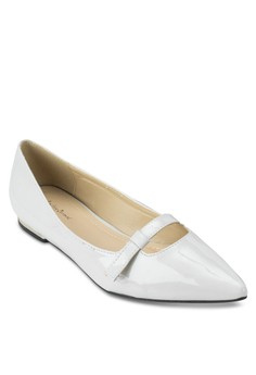 Strapped Flats With Block Heel