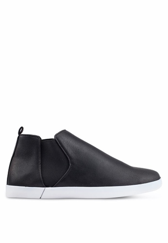 ZALORA black Casual Faux Leather Chelsea Boots EA430SH826C1B6GS_1