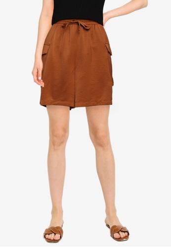 Vero Moda brown Carlee Cargo Shorts 9BD36AAFD6D901GS_1